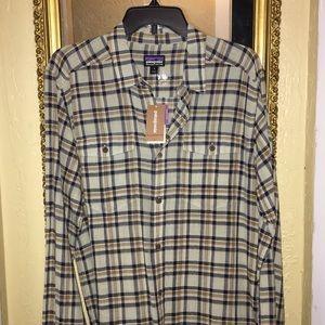 Patagonia button down organic cotton shirt